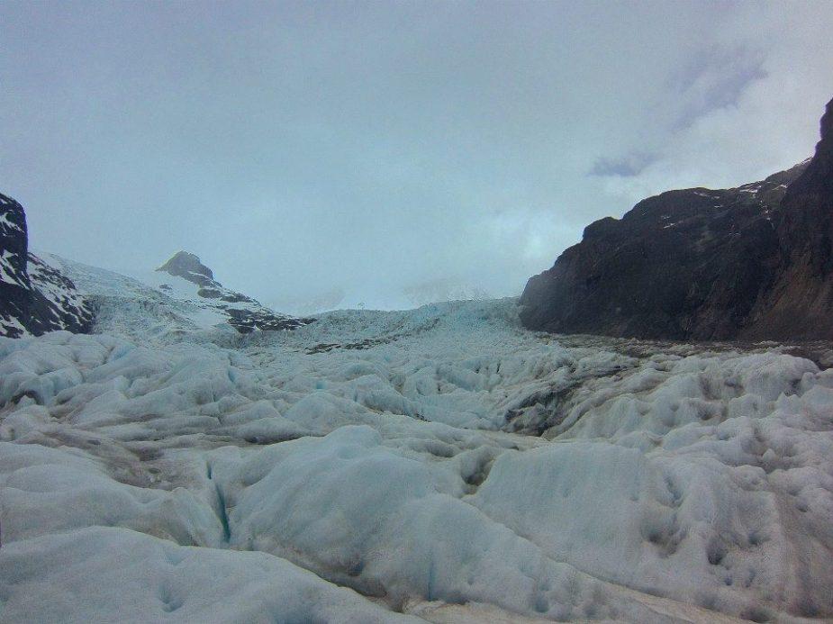 Dry Glacier Calluqeueo