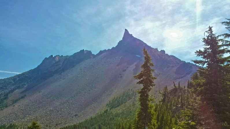Mt. Thielsen on a hot. bright day in Oregon. I need to come back here and climb it.
