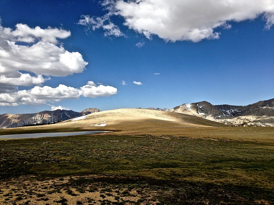 The wide open splendor of the High Sierra on the Pacific Crest Trail/John Muir Trail. (CRED: Nicole Frias)