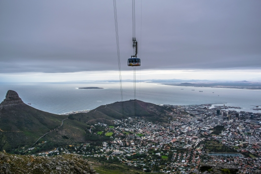 The India Venster route travels directly under the Table Mountain Cable Car for almost all of its length. Make sure to catch the attention of the cable car patrons and make them feel lazy by dancing and yelling on an exposed rock face.