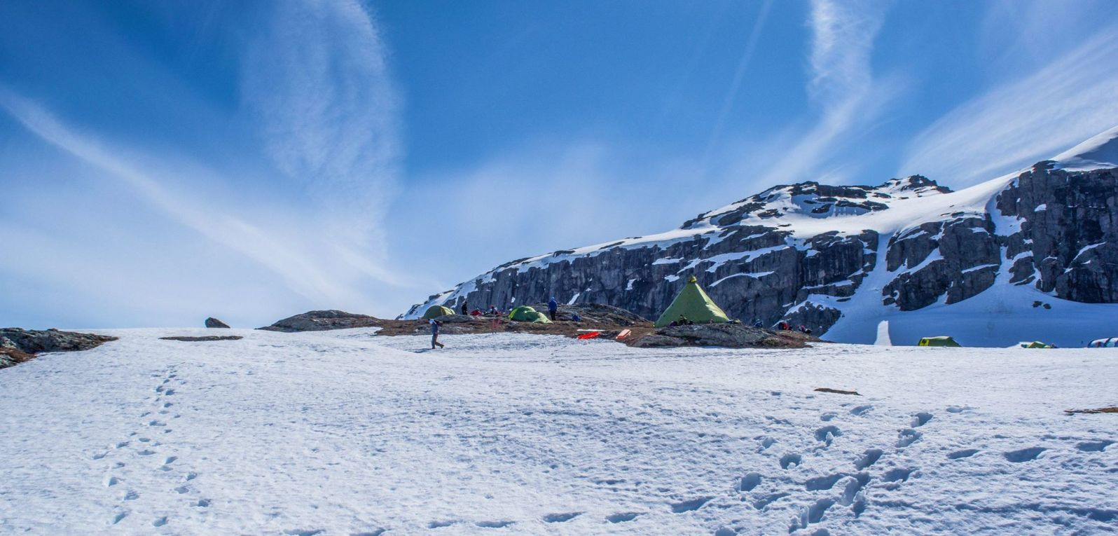 A small tent village directly behind the Trolltunga ledge. These people did not have to fight any crowds in the morning!