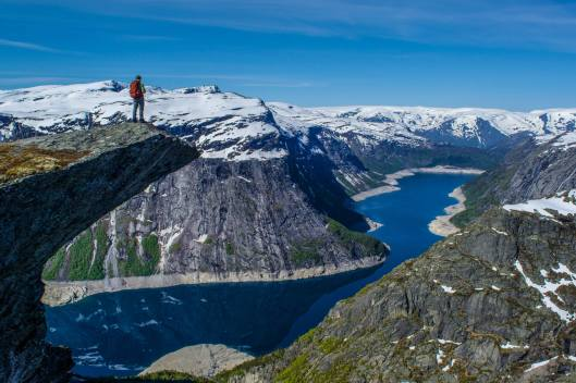Right next to the Trolltunga is a photo opportunity, in which no one is taking advantage!